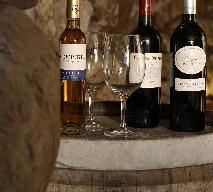 Jak czytać etykiety na butelkach win?