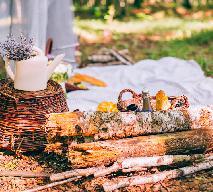 3 przepisy na ciasta idealne na piknik - MAJÓWKA i PIKNIK