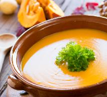 Zupa krem z dyni i ziemniaków z mleczkiem kokosowym