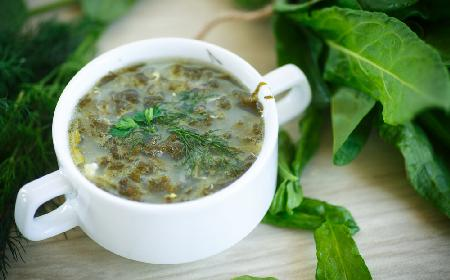 Zupa szczawiowa z menu beszamel
