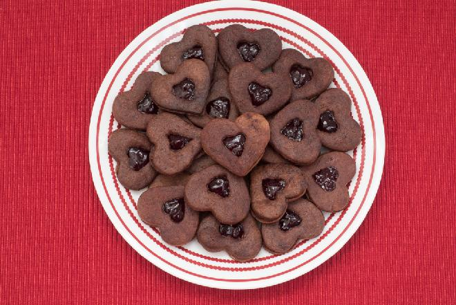 Domowe ciasteczka czekoladowe z dżemem