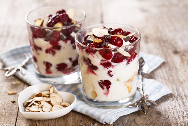 Trifle z wiśniami: pomysł na świąteczny deser
