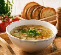 Zupa bieda: przepis na kartoflankę z warzywami