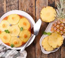 Proste ciasto ananasowo-kokosowe - egotyczny smak lata