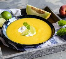 Chłodnik z melona galia i brzoskwiń na upały: orzeźwiająca zupa owocowa