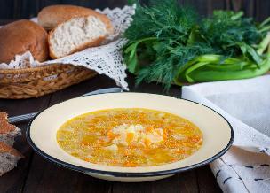 Zupa zacierkowa wg przepisu babci Krysi