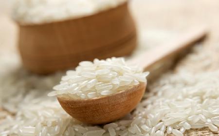 Jak gotować ryż? Proste sposoby gotowania ryżu [WIDEO]