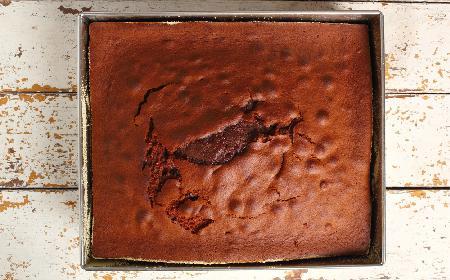 Duży piernik na serwatce: pyszne ciasto dla całej familii